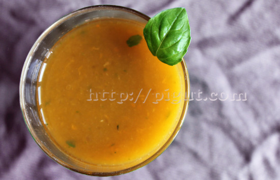 Smoothie orange carotte abricot et basilic