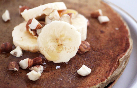 Pancakes végétalien aux noisettes