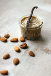 © PIGUT - Pâte à tartiner à l'amande vanillée