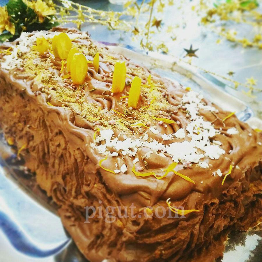 © PIGUT - Bûche végétale au kaki et crème de haricots au chocolat